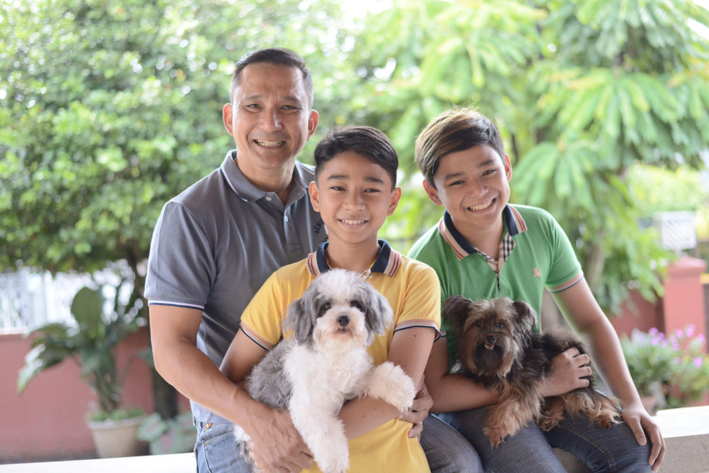 When not at work in Butuan, Jake Dumagan makes sure he spends his time with family. The family man is a father, a mentor and a friend to his children.
