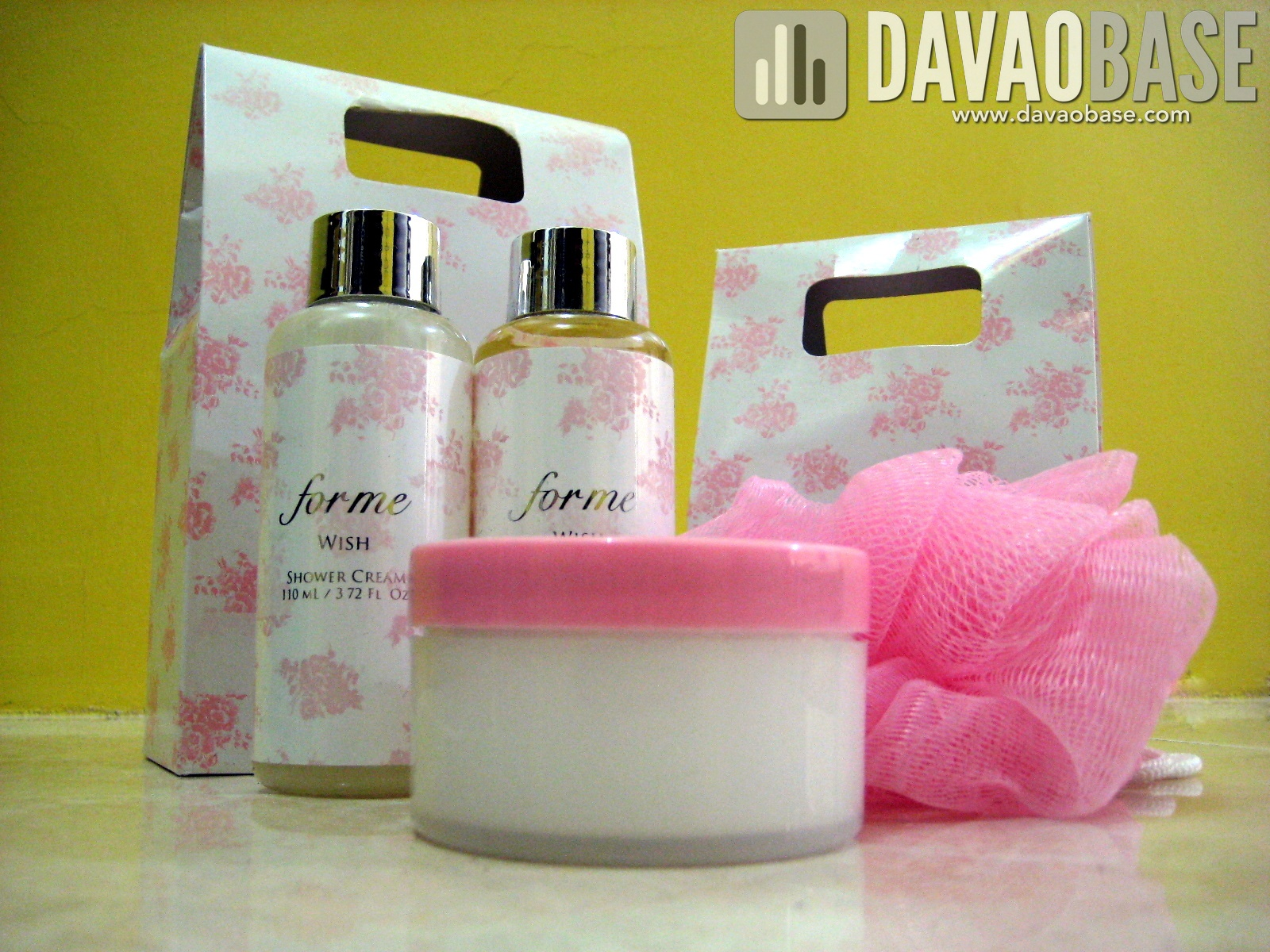 ForMe Wish products: shower cream, body oil, budy puff, and hand and body cream