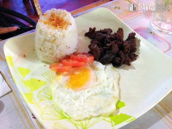 Tapsilog (P65) at Food Trip Sa Carwash