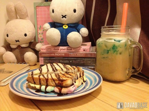 Nutella Smores Sandwich (P75) and Milk Tea (P80) at Tiny Tea Shop