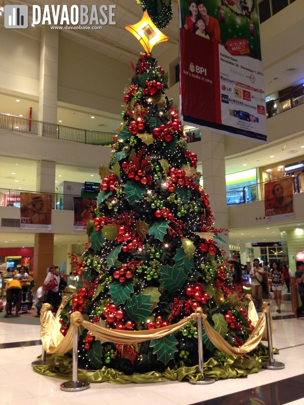 Abreeza Christmas Tree