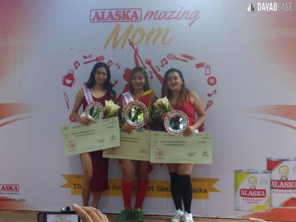 AlaskaMazing Mom Winners (left to right): 3rd placer Conchita Camporedondo, AlaskaMazing Mom of Davao Ailene Caracol, and 2nd placer Meriam Perez.