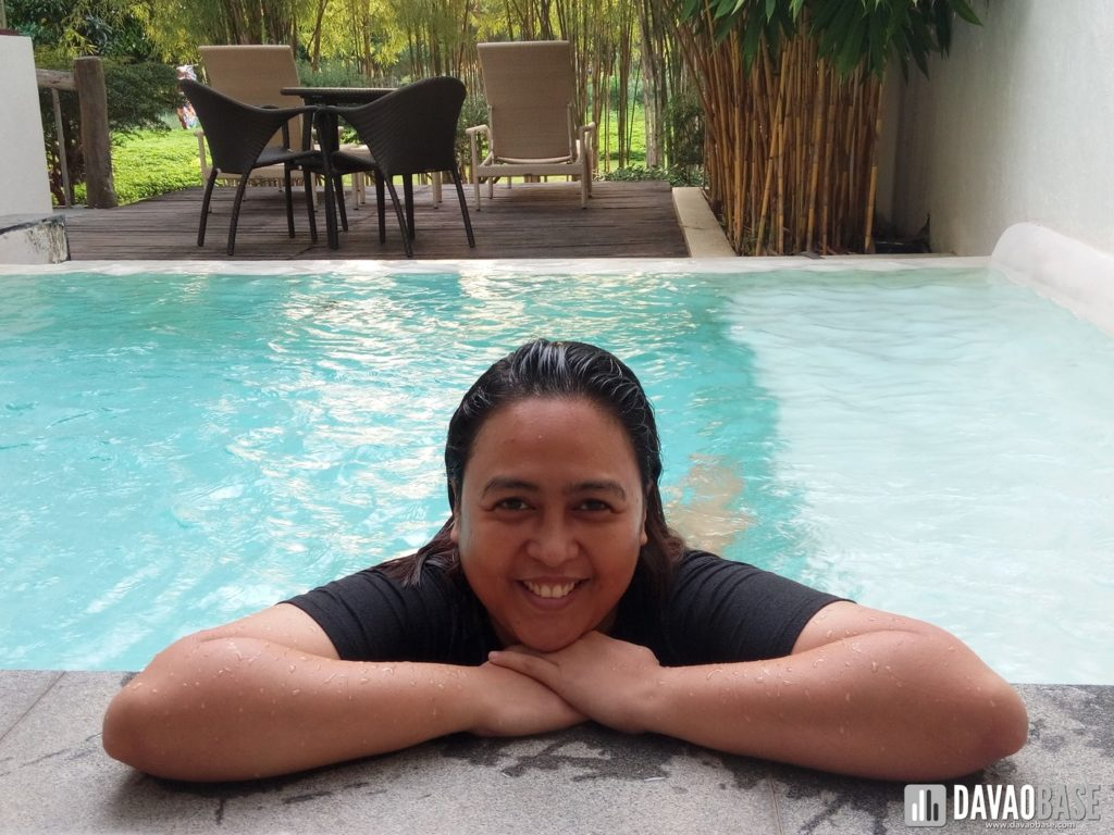 bluewater panglao one bedroom villa swimming pool lounge area