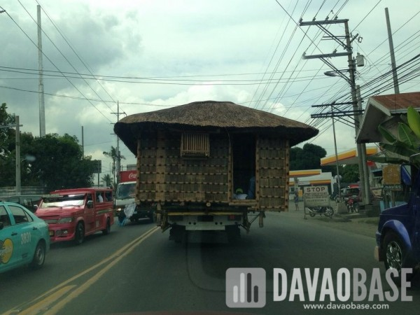 Mobile Bahay kubo spotted along Ulas