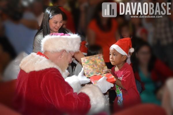 sm lanang premier christmas launch sparkles of joy