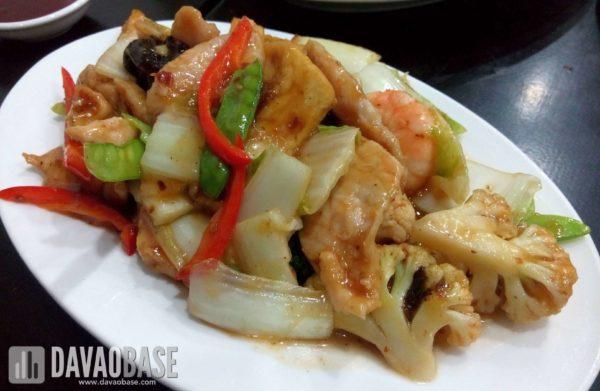 stir fried tofu with pork and shrimps