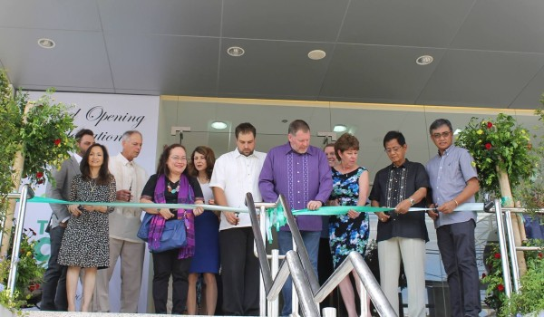 Ribbon cutting at the opening of Tebow CURE Hospital