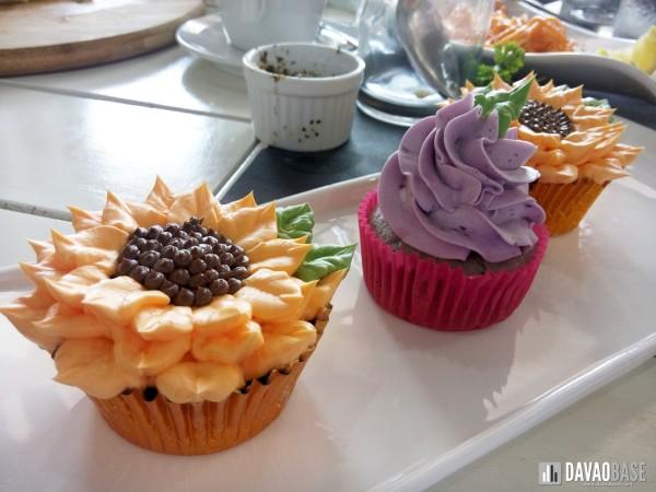 yolks-floral-cupcakes